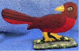 Pájaro tallado en madera y comprado cerca de Boston.