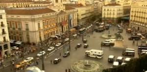 Sobractuación policial. Nunca vi la Puerta del Sol tomada por tanta policía como el día de la coronación.