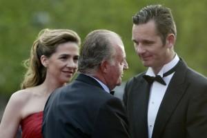 El rey-padre con su hija y su yerno.